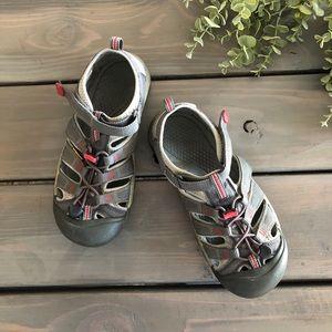 KEEN• Men's Outdoor Sandals